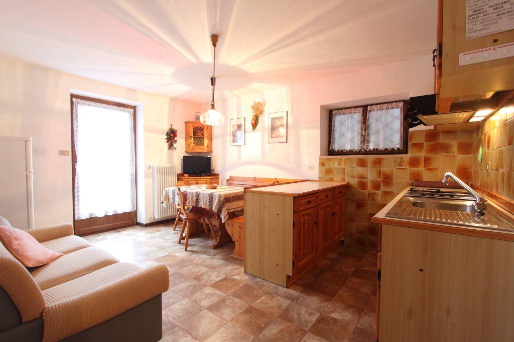 Zwei-Zimmer-Wohnung - Villa Cristina Cavalese Ferienwohnungen (2/3 ...