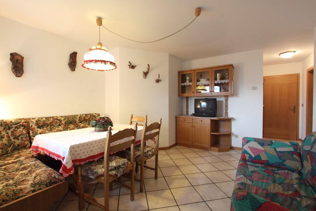Drei-Zimmer-Wohnung - Villa Cristina Cavalese Ferienwohnungen 4/6 ...